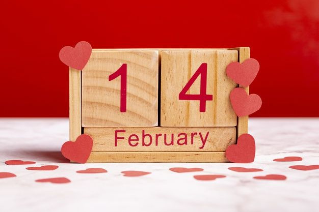 lovely-14-february-wooden-calendar_23-2148393413